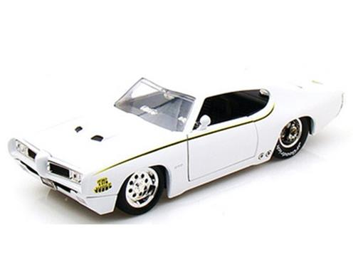 Pontiac: GTO Judge (1969) - Branco - Bigtime Muscle - 1:24