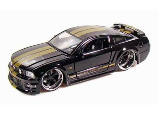 Ford: Mustang GT (2006) - Preto - 1:24