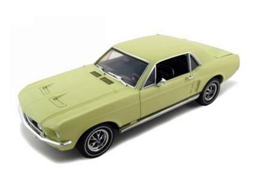 Ford: Mustang Coupe (1967) - Amarelo - 1:18