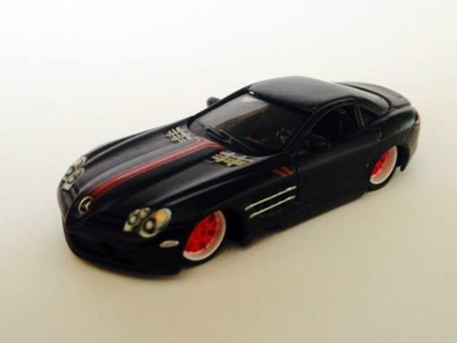 Mercedes-Benz: SLR McLaren - Preto Fosco - Custom Shop - 1:64