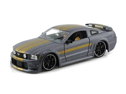 Miniatura Carro Ford Mustang GT (2006) - Grafite - Bigtime Muscle - 1:24 - Jada Toys