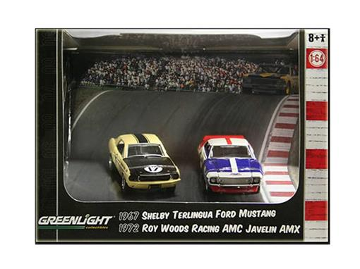 Diorama: Ford Mustang Shelby Terlingua (1967)  / AMC Javelin AMX Roy Woods Racing (1972) - Road Racers - 1:64