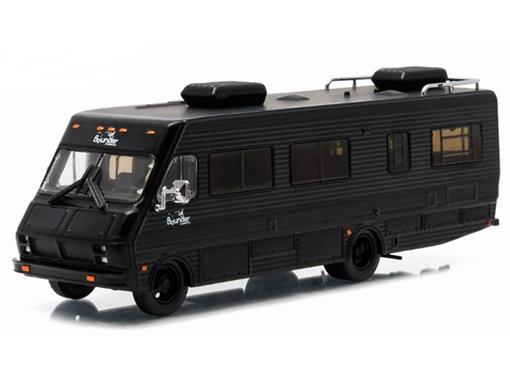 Fleetwood Bounder (1986) - Black Bandit - Preto - 1:64 - Greenlight