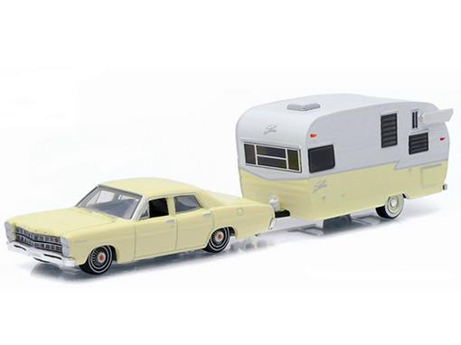 Ford: Custom c/ Shasta Airflyte (1967) - Hitch & Tow - Série 6 - 1:64 - Greenlight