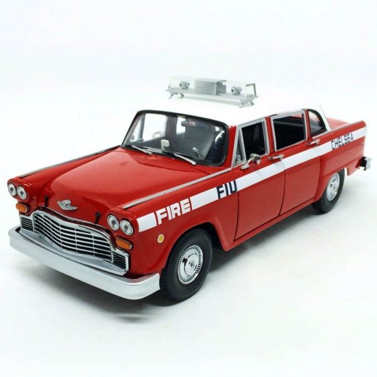 Checker: A11 (1981) - Chelsea Fire Engine - 1:18 - Sun Star