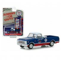Imagem - Miniatura Picape Chevrolet C-10 (1968) - Chevron Gasolines - Running On Empty - Série 7 - 1:64 - Greenlight
