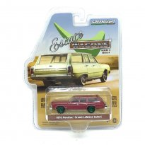 Miniatura Carro Pontiac Grand LeMans Safari (1976) - Estate Wagons - Série 4 - 1:64 - Greenlight (Chase / Green Machine)