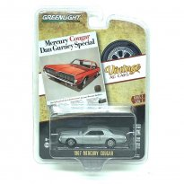 Imagem - Miniatura Carro Ford Mercury Cougar (1967) - Prata - Vintage AD Cars - Série 2 - 1:64 - Greenlight Collectibles (Chase)