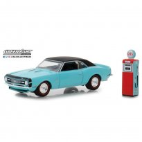 Imagem - Miniatura Carro Chevrolet Camaro SS (1968) c/ Bomba de Gasolina - The Hobby Shop - 1:64 - Greenlight