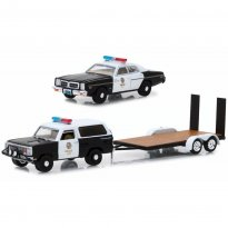Imagem - Set Miniatura Carro Dodge Ramcharger & Dodge Monaco c/ Trailer Flatbed (1977) Police - Hitch & Tow - 1:64 - Greenlight