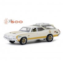 Imagem - Miniatura Carro Oldsmobile Vista Cruiser (1972) The 56th 500 - Exclusive - 1:64 - Greenlight