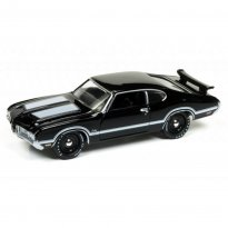Imagem - Miniatura Carro Oldsmobile Cutlass S W-31 (1970) - Muscle Cars U.S.A - 2017 Series - Preto - 1:64 - Johnny Lightning