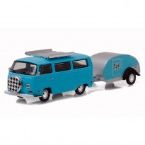 Imagem - Miniatura Carro Volkswagen Kombi Type 2 c/ Trailer (1972) - Hitch & Tow - Series 8 - 1:64 - Greenlight