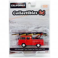 Imagem - Volkswagen: Kombi Type 2 Double Cab Pickup c/ Escada (1976) - California Toys - 1:64 - Greenlight
