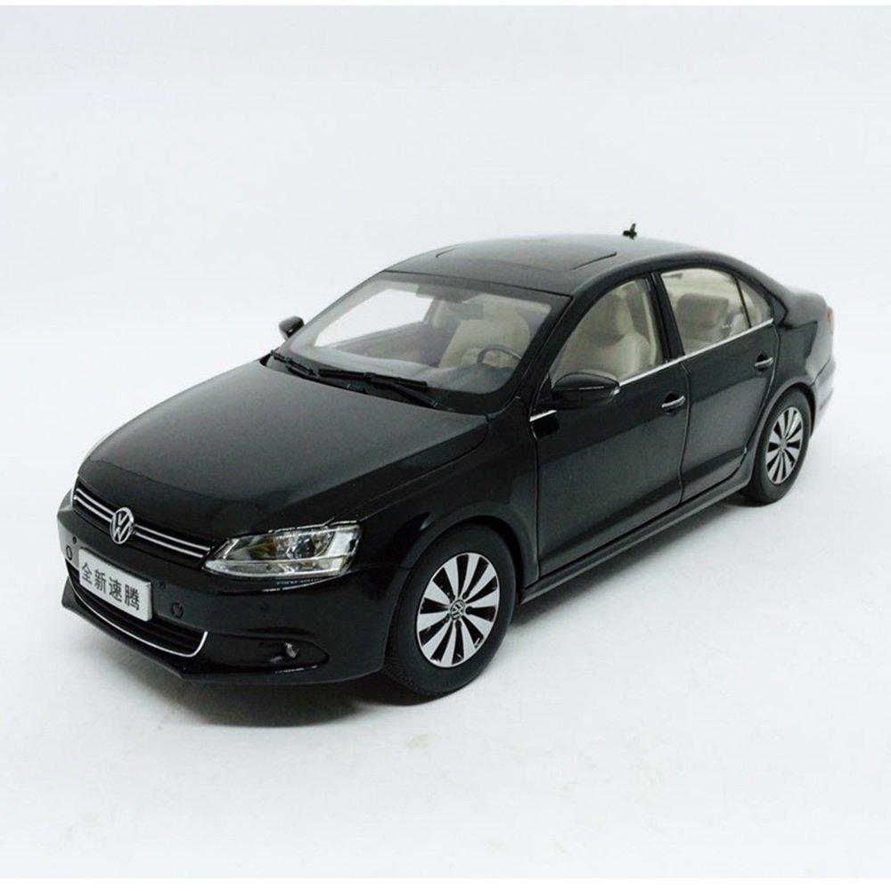 1 Volkswagen Jetta: New Sagitar 2012 1:18 Paudi Minimundi.com.br